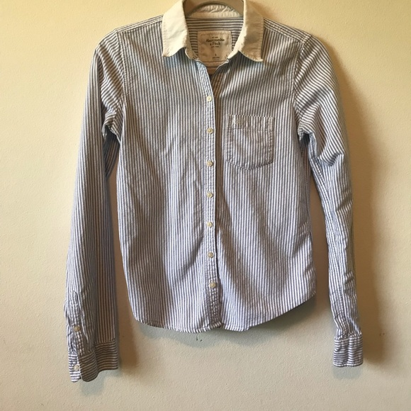 Abercrombie & Fitch Tops - Abercrombie & Fitch Button Down
